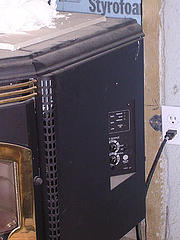 Pellet stove thermostat